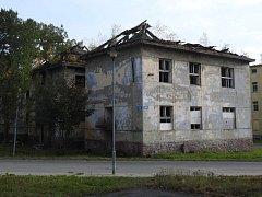 Dům v Pěší ulici v Bruntále by měl jít co nejdříve k zemi.