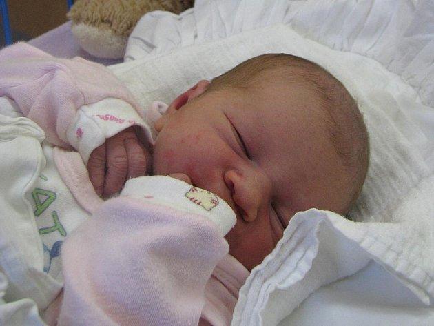 Eliška Dančáková, narozena 11. 11. 2009, váha 3,3 kg, míra 49 cm, Krnov. Maminka: Marcela Dančáková, tatínek: Bronislav Dančák.