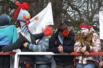 Letošní česko-polské vítání jara v Úvalně bylo specifický tím, že na březích řeky ležel první sníh.
