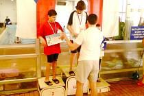 Bruntálský plavec Roman Procházka vybojoval na Karvinském motýlkářském trojboji skvělé druhé místo.
