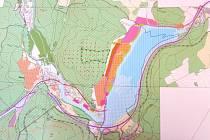 """Takto vypadá studie přehrady v současnosti. Vodohospodáři ale v tomto velkoryse pojatém projektu ještě musí z úsporných důvodů navrhnout změny. Nová podoba """"ekonomicky racionální"""" neboli zredukované přehrady bude oficiálně představena až na jaře 2013."""