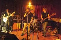 Kapela 220 V se představí v klubu Kofola.