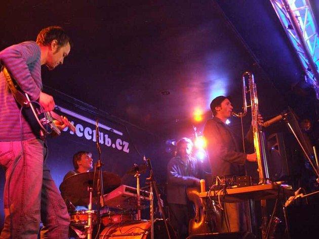 Krnovský koncert švýcarské kapely Brink Man Ship se uskutečnil v rámci projektu Jazz do regionů.