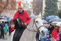 Svatomartinské slavnosti jsou u Krnovanů velmi oblíbené za každého počasí.