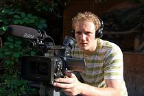 Dokumentarista, režisér, kameraman nebo-li filmový všeuměl Luděk Ondruška.