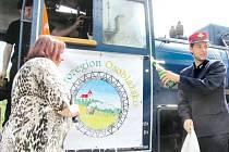Mikroregion Osoblažsko představil své logo veřejnosti za houkání parních lokomotiv. Znázorňuje osoblažskou krajku, úzkokolejku i památky a poetiku kraje.