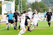 Krnovští fotbalisté prohrávali po prvním poločase s Hájem ve Slezsku 0:3 a byli na odpis, po přestávce se ale neuvěřitelně zvedli a během dvanácti minut vyrovnali.