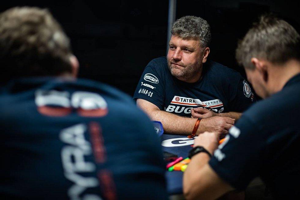 Martin Kolomý musel bojovat s technickými problémy, které ho vyřadily z celkového pořadí. Letošní Dakar ale nevzdává.