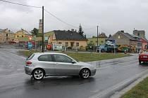 Výkopové práce na inženýrských sítích komplikovaly od soboty 14. do neděle 15. září dopravu v Nádražní ulici v Bruntále.