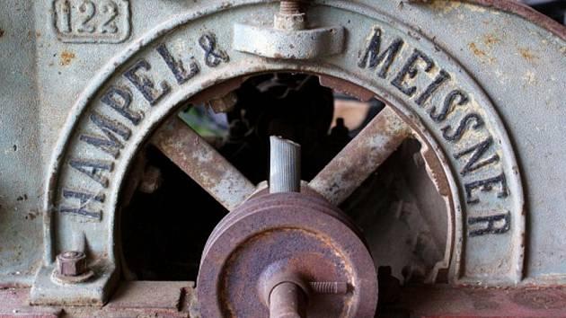 Krasovský zemědělský skanzen  se představil veřejnosti teprve před rokem, už si ale získal řadu příznivců, kteří pomohli rozšířit jeho sbírky některými exponáty a dárky.
