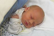 Jmenuji se MIKULÁŠ NÁKONEČNÝ, narodil jsem se 18. ledna, při narození jsem vážil 3105 gramů a měřil 46 centimetrů. Bydlíme v Šumperku.