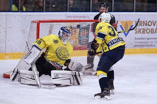 Krnovští hokejisté proti Karviné.