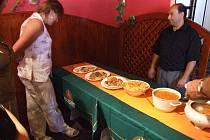 Nabídka jídel byla pestrá a chutná.