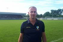 Bývalý ligový fotbalový sudíí Gustav Santarius momentálně vede krnovské fotbalisty.