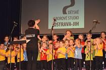 Dětské sborové studio Ostrava-Jih je útočištěm všech hudebních nadšenců. V Krnově vystoupí jako hosté krnovského  Pěveckého sboru Staccato v pátek 23. září v Koncertní síni sv. Ducha.