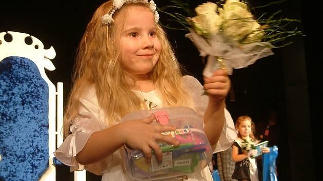 V kategorii dětí od 4 do 8 let se stala vítězkou soutěže Miss Baby 2009 a držitelkou ceny diváků bezprostřední Soňa Šmatelková z Bruntálu.