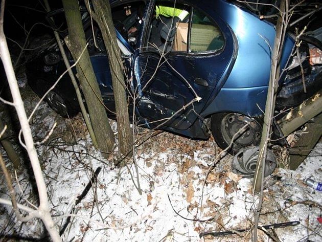 Štěstí v neštestí měla ve středu vpodvečer řidička, která vyvázla z hrůzně vypadající nehody mezi Krnovem a Zátorem jen s lehkým zraněním.