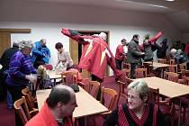 Nájemníci bytových jednotek na Palackého ulici ve Vrbně pod Pradědem, odcházeli ze schůze s nepořízenou. Ani tentokrát se toho moc nedověděli. Opravy budou, ale jenom menší.