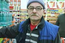 Jiří Chmelař, 56 let, Krnov: No, jako dítě určitě. Bylo to skoro jako na vesnici, i když jsem z města.