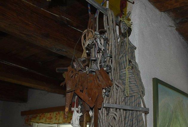 Ludvíkovské skalní město objevili horolezci před padesáti lety. Horolezecký veterán Dan Krzywoń zOstravy zde koncem sedmdesátých let zvládl přibližně stovku prvovýstupů.