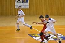 Dobrými výkony se prezentovaly mladé naděje FK Krnov, když obsadily pátou příčku. Snímek z duelu s Třincem.