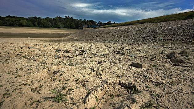 Takto se sucho podepisuje na české krajině.