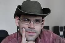 Josef Polášek, amatérský fotograf a tvůrce grafik Invekto z Bruntálu.