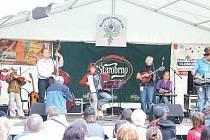 Pořadatel Karel Soukop (vpravo) z bruntálsko-rýmařovské formace La Mesta letos na festivalu nevystoupí, zato se mu do Bruntálu podařilo pozvat řadu jiných zajímavých kapel.