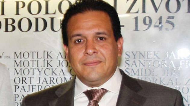 Velvyslanec Venezuely, Jeho Excelence Víctor Julián Hernández Leon
