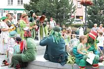 Akce Vodnický splav lákala v předchozích pěti letech diváky v Bruntále a dalších obcích okolo Slezské Harty. Letos se ale lidé divadla, písniček a zábavy od vodníků nedočkají, Mikroregion Slezská Harta o zábavnou akci v tomto roce nestál.