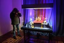V Krnově právě začíná výstava korunovační klenoty na dosah.