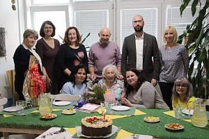 Paní Hildegarda Zebišová se narodila v Krnově Kostelci 10. listopadu 1919. Sté narozeniny oslavila v Domově pro seniory Krnov.