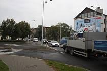 Strážce přechodu na Říčním okruhu v Krnově.