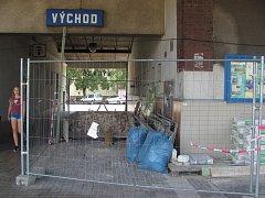 Rekonstrukce krnovského nádraží začala 1. srpna a má trvat šest týdnů.