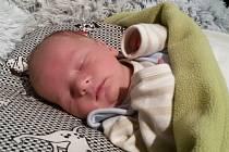 Jmenuji se MATYÁŠEK URBANÍK, narodil jsem se 20. ledna, při narození jsem vážil 3114 gramů a měřil 49 centimetrů. Moje maminka se jmenuje Kristýna Licovova a můj tatínek se jmenuje Zbyněk Urbaník. Bydlíme ve Vrbně pod Pradědem.