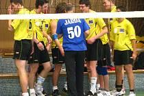 Juniorští volejbalisté z Krnova prohráli na domácí palubovce 2:3 a 0:3 s Nivnicí.