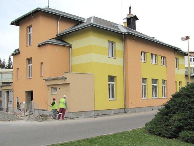 Mateřskou školku s kapacitou čtyřiadvaceti míst připravuje krnovská nemocnice k otevření v lednu příštího roku.