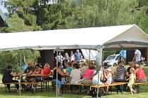 V sobotu 25. června to na chatě na střelnici ve Vrbně pod Pradědem vonělo daleko víc, myslivci připravili pro veřejnost akci více než lákavou, zvěřinové hody.