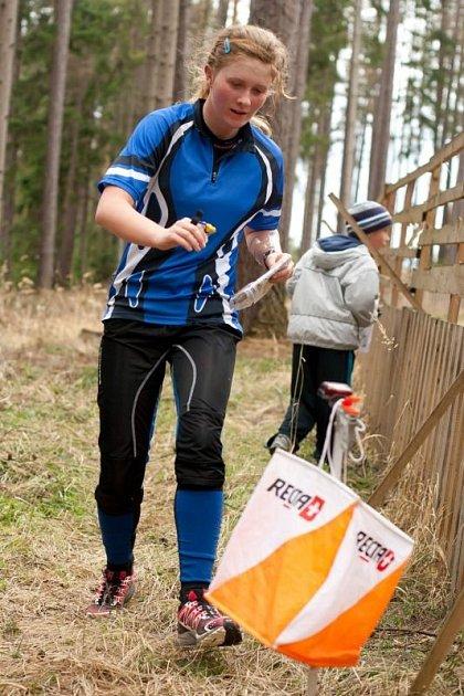 Eva Haltof, rodačka z Třince, na trati klasického orientačního běhu, radši však má ten na horských kolech.