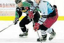 Osmigólový příděl. Tak vyprovodili hornobenešovští hokejisté svého soupeře z Rožnova.
