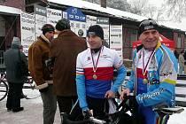 Ocáskovi znovu prokázali, že patří mezi tuzemskou cyklokrosovou špičku. Starší z dvojice závodníků jede za pár dní obhajovat titul mistra světa do Belgie.