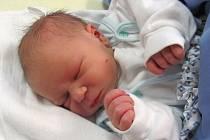 Jmenuji se TOMÁŠ POLÁCH, narodil jsem se 27. listopadu. Moje maminka se jmenuje Helena Poláchová a můj tatínek se jmenuje Ivan Polách. Bydlíme ve Městě Albrechticích.