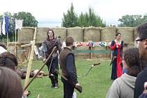 Ve Slezských Rudolticích se konal Lukostřelecký turnaj s doprovodným programem, který přilákal místní, návštěvníky z okolí i z dálky.