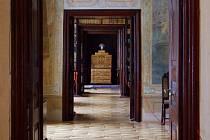 Návštěvníci si až do půlnoci mohou prohlédnout zámecké interiéry.