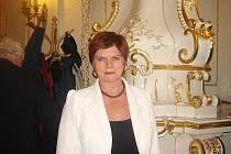 Jaroslava Hellebrandová převzala v Praze medaili ministryně školství 2. stupně za svou pedagogickou činnost na Střední škole automobilní, mechanizace a podnikání v Krnově.