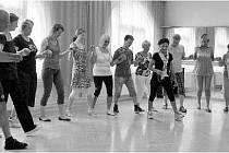 Taneční kurzy slouží hlavně těm, kteří si chtějí aktivně užít na oblíbených řeckých zábavách. Ve středisku Méďa jsou jim k dispozici lekce pro úplné začátečníky i kurzy pro pokročilé.