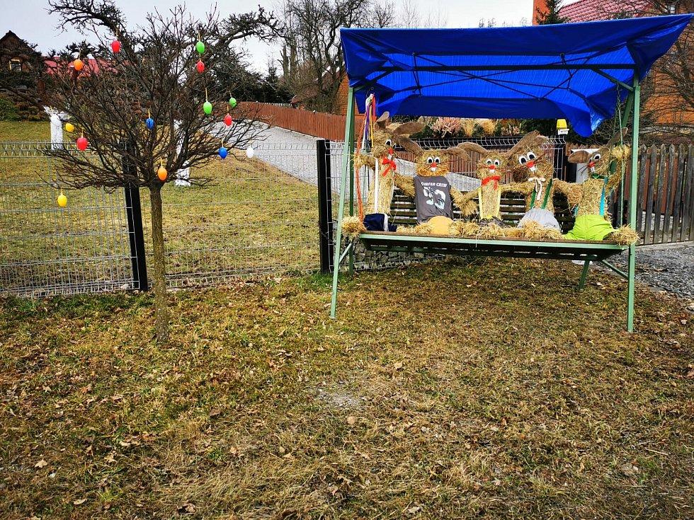 Na velikonoční výzdobu Krasova a práci dobrovolníků upozornila Deník Petra Červenková.