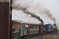 Martinská jízda na Osoblažce byla specifická tím, že provětrala obě parní lokomotivy. Rumuskou Rešicu i Malý štokr ze Škodovky. Obě lokomotivy teď odpočívají v depu v Třemešné a těší se na tematické jízdy Mikulášskou a Sváteční.