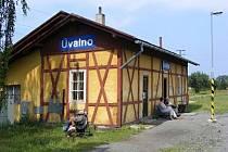 Zastávka v Úvalně slouží přes sto let.