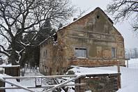 Morbidní atrakcí Liptaně je rodný dům masového vraha Blažka. Dnes může sloužit k natáčení hororů.  Nový majitel by ho chtěl rekonstruovat na ubytovací zařízení.